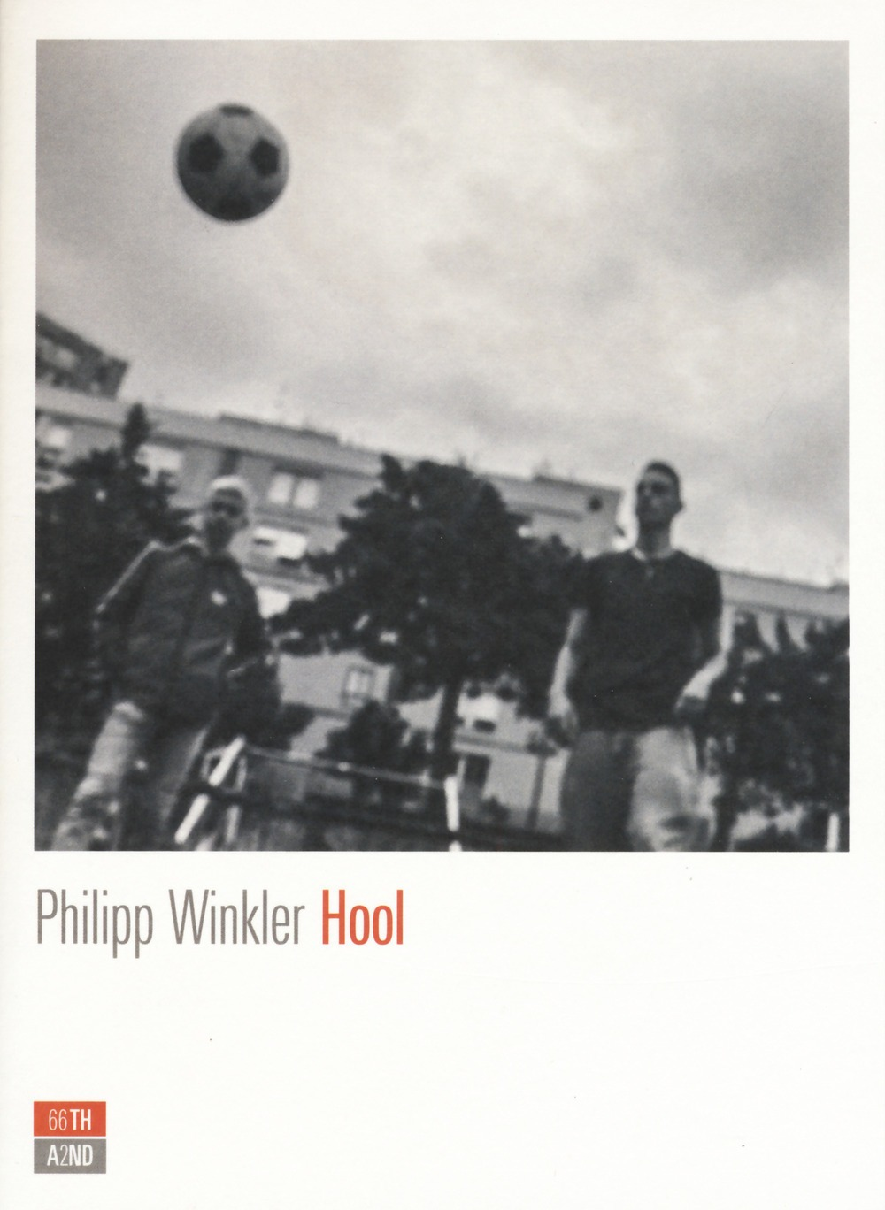 Recensione di Hool – Philipp Winkler